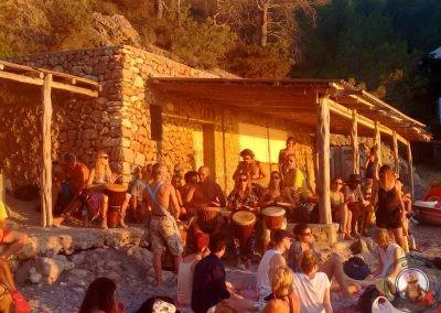 Fiesta de los tambores en Cala Benirras