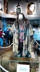 Vestimenta de Hagrid en el hall de los estudios