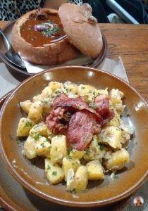Goulash en Restaurante Mjelnice