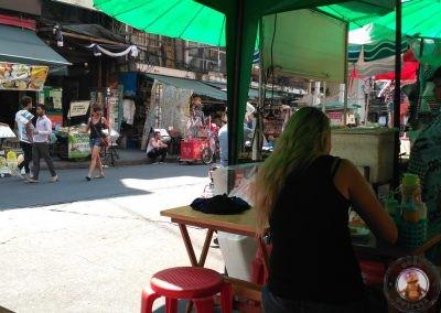 Puesto callejero en Khao San Road