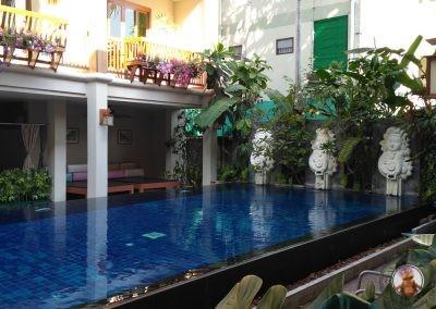Piscina del Vieng Mantra Hotel