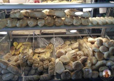 Diferentes tipos de pan en Padeirinha Dolce