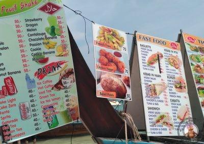 Lanchas restaurante en Phra Nang Beach