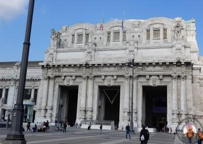 Exterior de la Estación Central de Milán