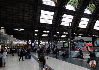 Interior de la Estación Central de Milán
