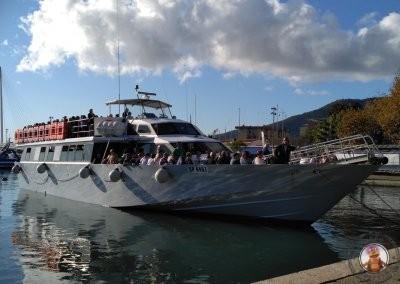 Barco del recorrido por Cinque Terre