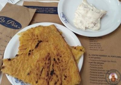 Farinata con gorgonzola