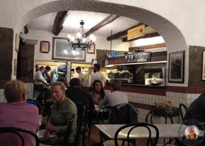 Interior del restaurante La Pía