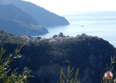 Vistas de Corniglia y Manarola durante el sendero