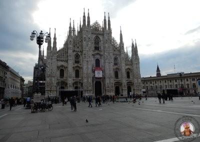 Plaza del Duomo a las 9 de la mañana