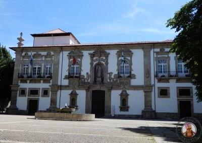 Convento de Santa Clara y Ayuntamiento de Guimaraes