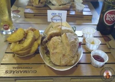 Comer en Guimaraes - Prego Nº21 Turquesa