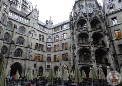 Patio del Nuevo Ayuntamiento de Munich