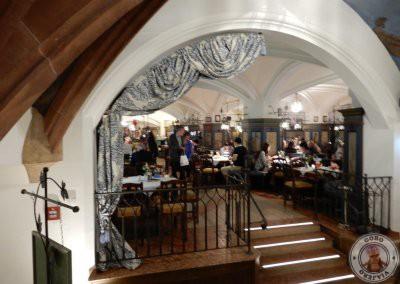 Salones del restaurante Ratskeller en Munich