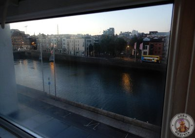 Vistas desde nuestra habitación al río Liffey