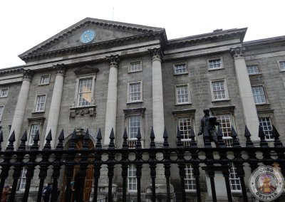 Entrada al recinto del Trinity College