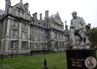 Escultura de George Salmon en Trinity College