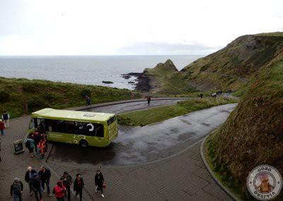 Comienzo de la ruta azul desde el Centro de visitantes y salida de autobús lanzadera