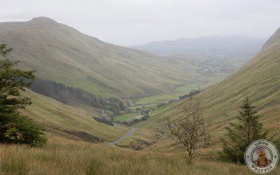 Subida al mirador Glengesh Pass en Irlanda