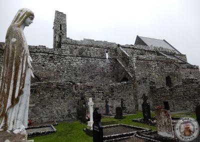 Cementerio en la Abadía de Corcomroe