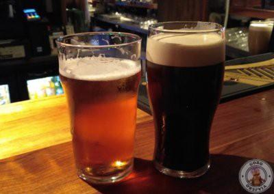 Pintas de Galway hooker lager y Murphys stout