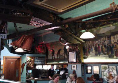 Zona de restaurante de McDonagh's