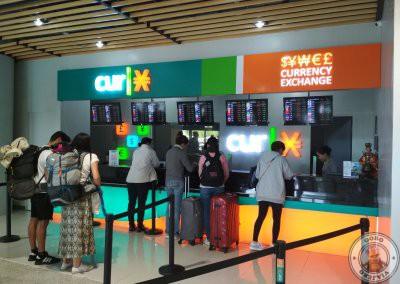 Casa de cambio del Aeropuerto de Cebú en llegadas internacionales