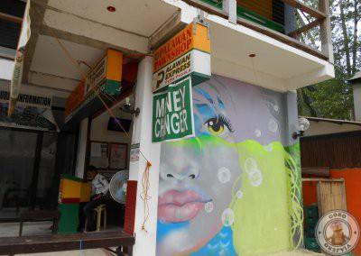 Casa de cambio en Corong Corong - Palawan Pawnshop