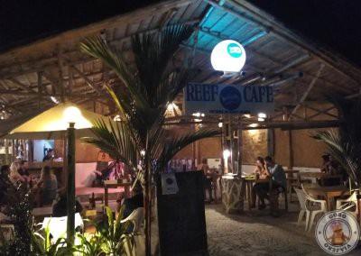 Donde comer en Port Barton - Reef Café