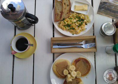 Big breakfast en Mabuti Eat and Chill