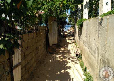 Callejuela de acceso al Ambiance Place El Nido