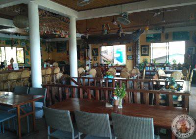 El Nido Boutique & Artcafé