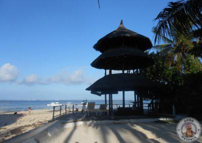 Acceso a la playa por la Pagoda