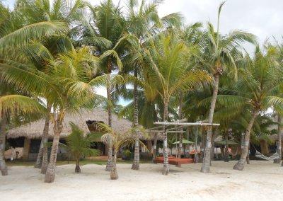 Cabañas del resort donde nos instalamos en la playa