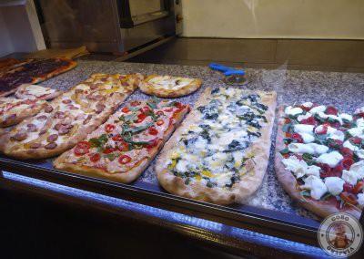 Pizza al corte en Roma