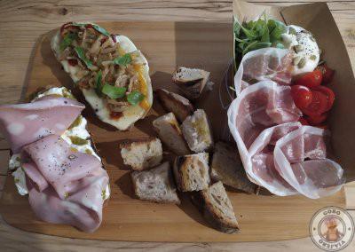 Cenar en el Barrio de Monti - Fehu