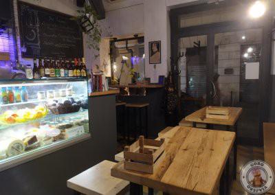 Interior de Fehu en el Barrio de Monti