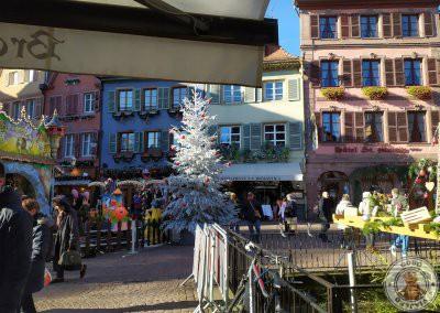 Vistas esperando para entrar en Brasserie Schwendi.  Dónde comer en Colmar