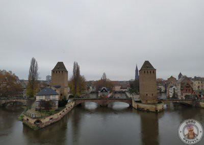 Les Pont Couverts (tres puentes y cuatro torres)