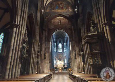 Interior de la Catedral de Friburgo de Brisgovia (Freiburger Münster)